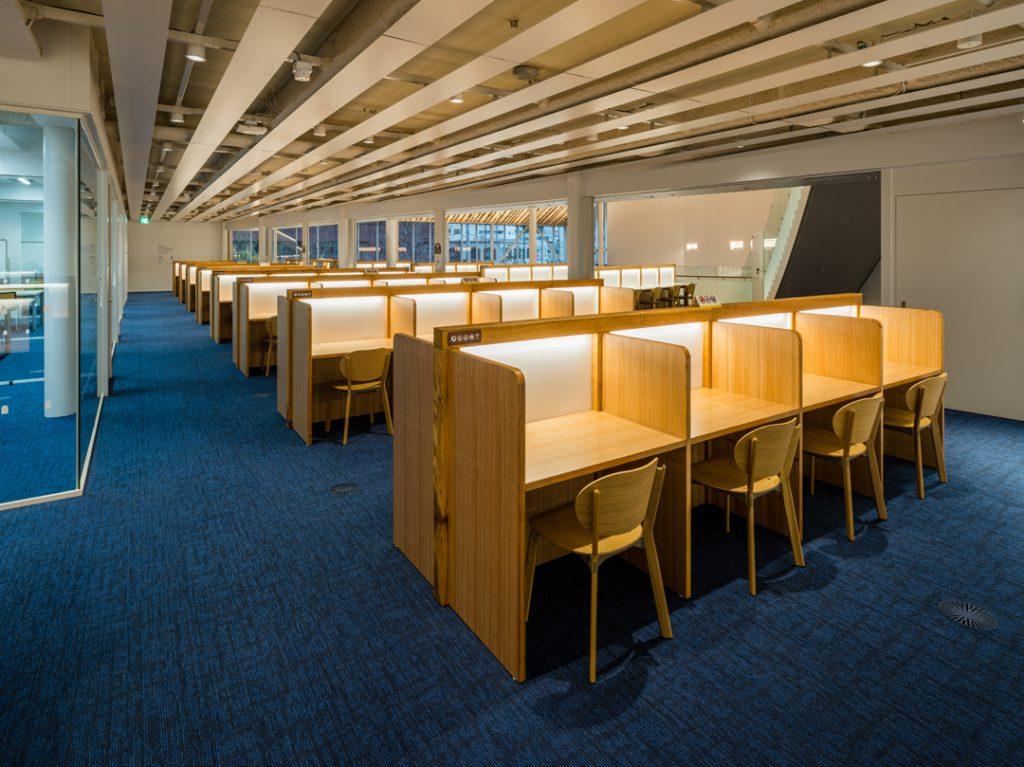ミライon 図書館⑧ ©キハラ株式会社