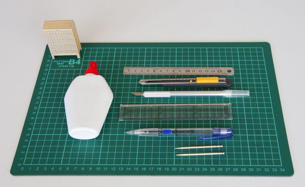ペーパークラフト使用道具 ©キハラ株式会社