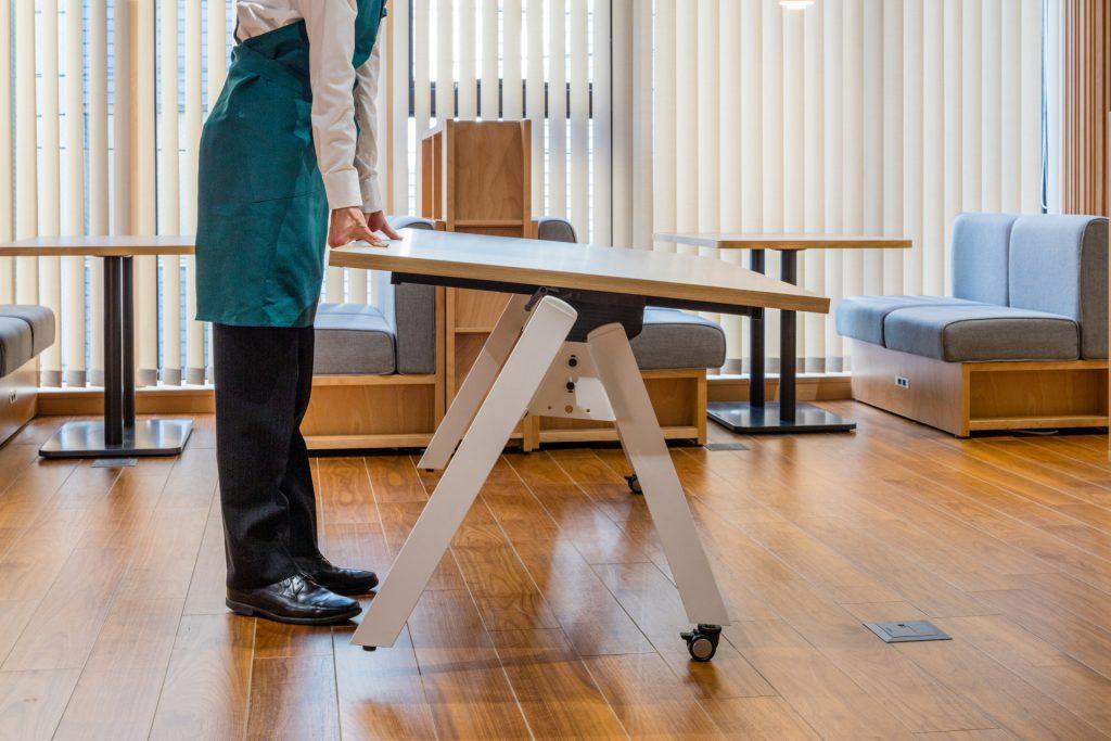 モブロテーブル② ©キハラ株式会社